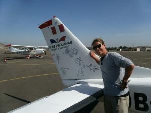 Und hier noch mal die wichtigsten Scharrbilder  auf der Schwanzflosse der Cessna.